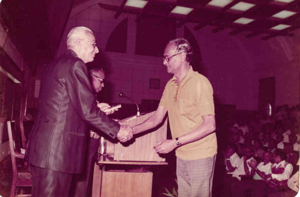 David (right) with GK Chandiramani, Chair of IISc's Council, in 1974 (Photo courtesy: GD David)